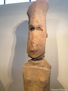 Female moai